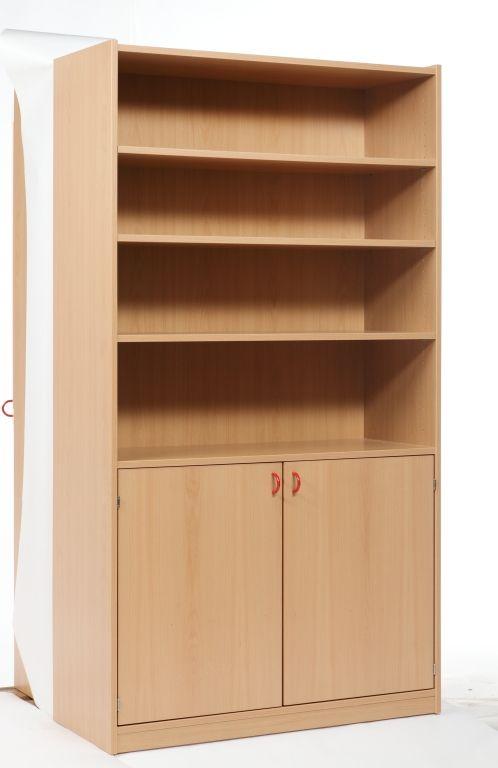 Korpusschrank mit 2 Türen und 3 Einlegeböden